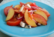 tomato-peach salad with gorgonzola