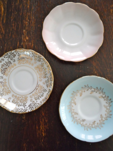 small saucers