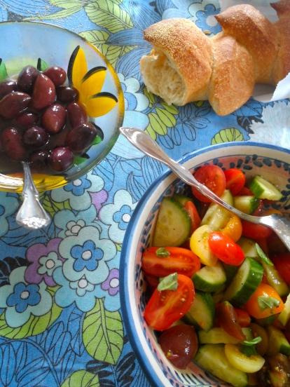bread, olives & salad
