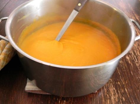 squash soup (pot)