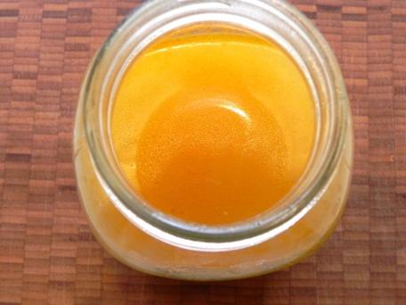 veg broth in jar