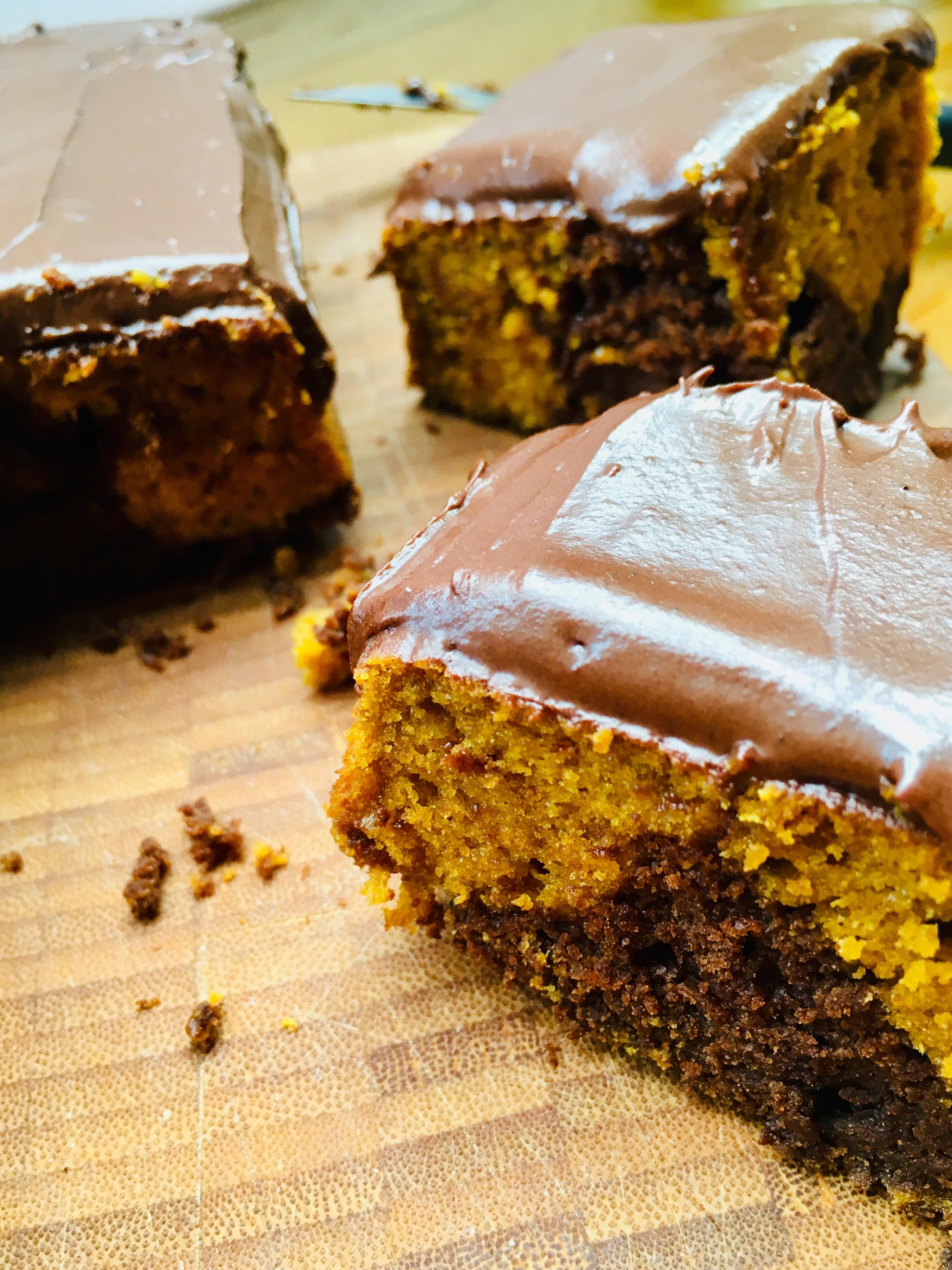 chocolate-pumpkin cake with chocolate buttercream icing