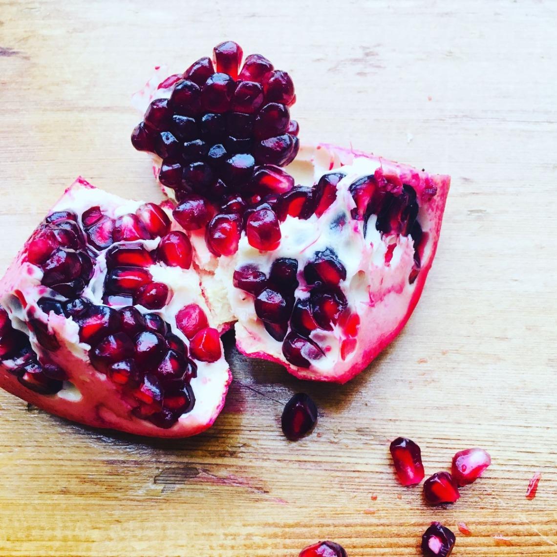 fresh-pomegrante-1