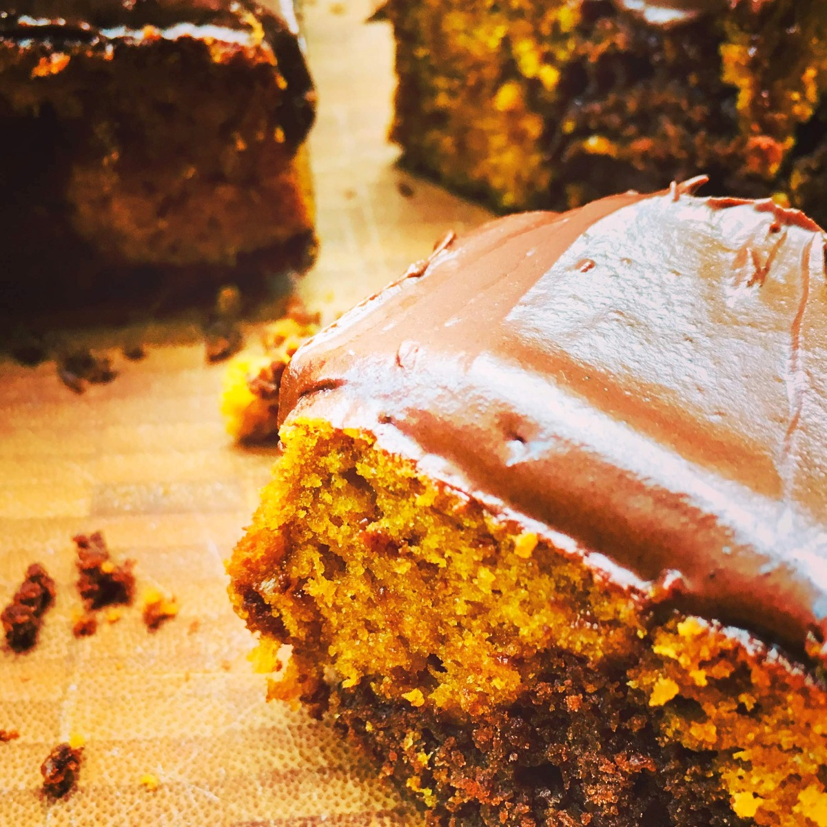 pumpkin marble cake with chocolate buttercream
